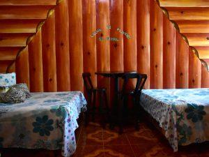 Interior de cabaña de El Pital