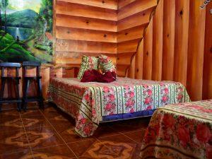 Cabaña rustica en El Pital con camas semi matrimoniales