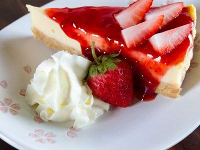 Cheese cake cubierto de fresas