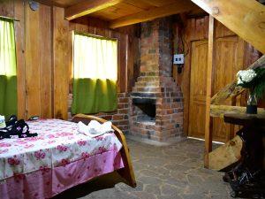 Chimenea en cabaña de El Pital